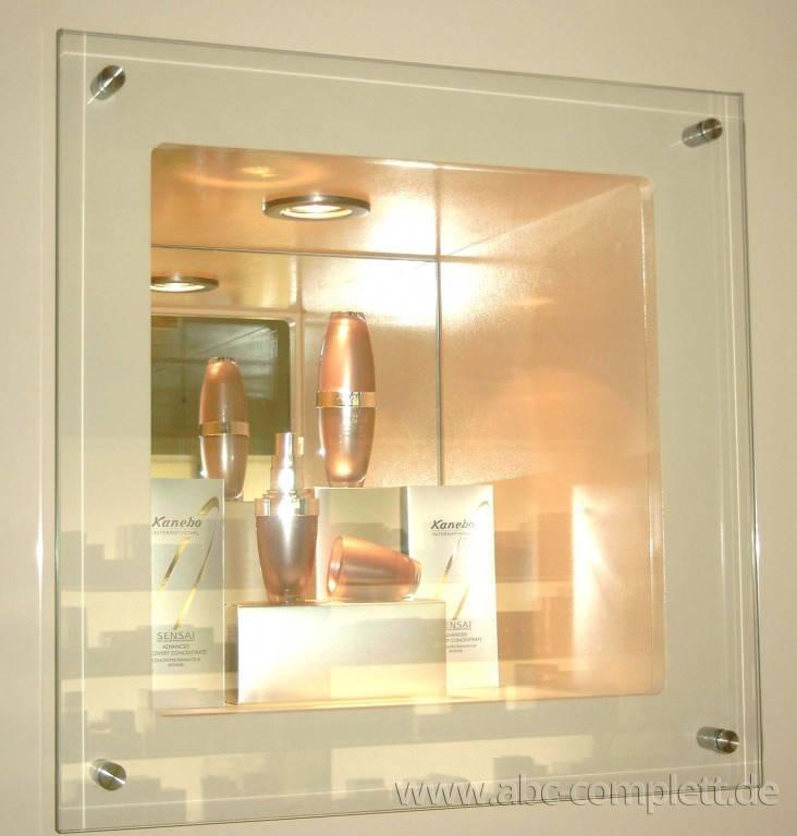 Ansicht des Geschäfts: Delfi Parfümerie, 2002 Design by schmidt N interior, Berlin / Charlottenburg, Foto 6
