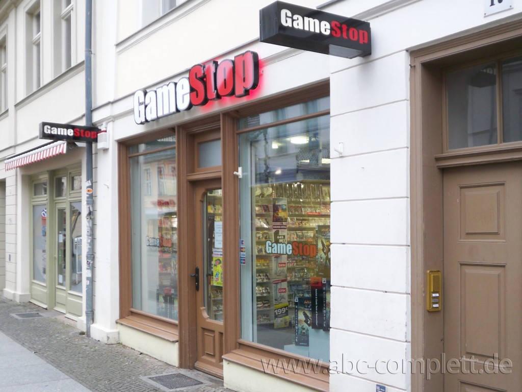 Ansicht des Geschäfts: GameStop / EB Games, Design by Retail Partner, deutschlandweit 40 Filialen lt Referenzliste, Foto 1