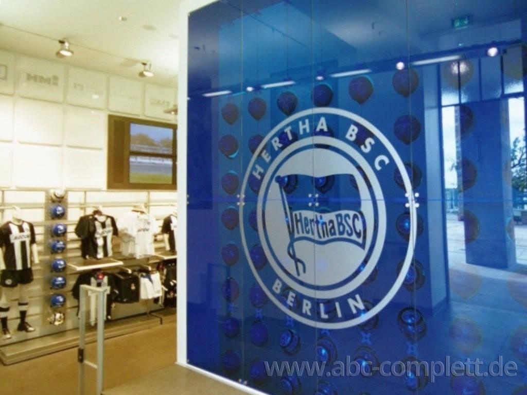 Ansicht des Geschäfts: Hertha BSC Fanshop Olympiastadion, Design by Nike, Berlin / Charlottenburg, Foto 4