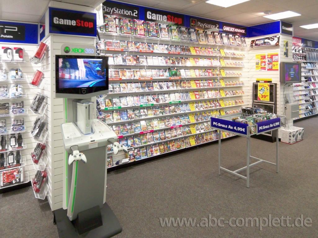 Ansicht des Geschäfts: GameStop / EB Games, Design by Retail Partner, deutschlandweit 40 Filialen lt. Referenzliste, Foto 5