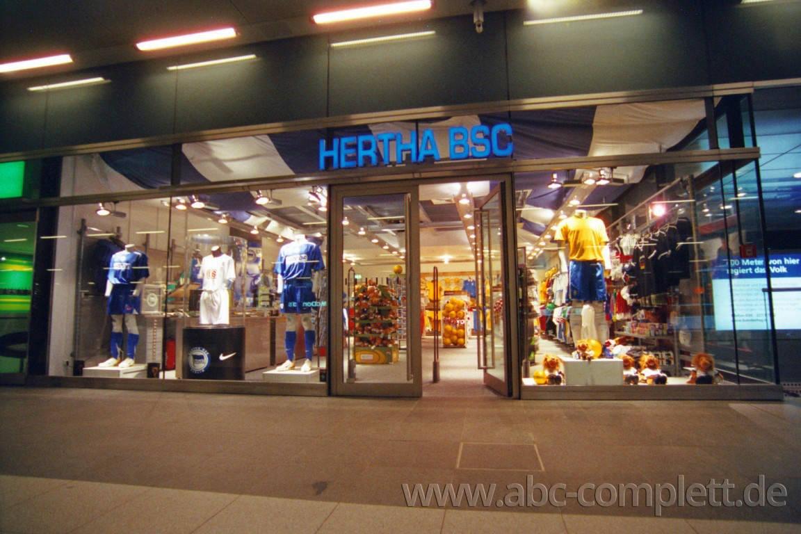 Ansicht des Geschäfts: Hertha BSC Fanshop, 7 Shops lt. Referenzliste, Berlin, Foto 5