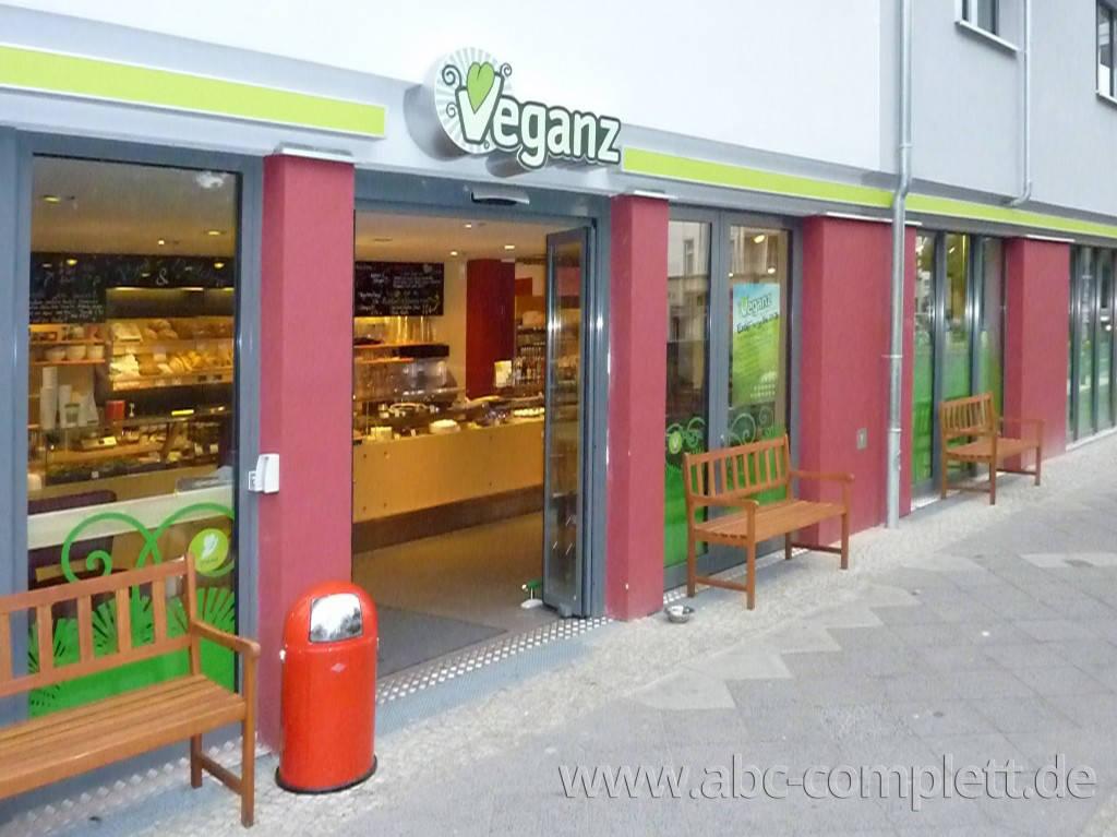 Ansicht des Geschäfts: Veganz wir lieben leben, veganer Supermarkt, Berlin / Prenzlauer Berg, Foto 1