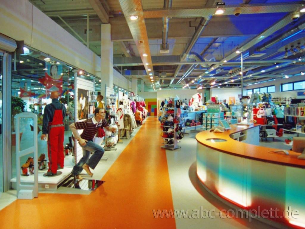 Ansicht des Geschäfts: Down Town Sports, Bahnhof Center, Bernau, Foto 3