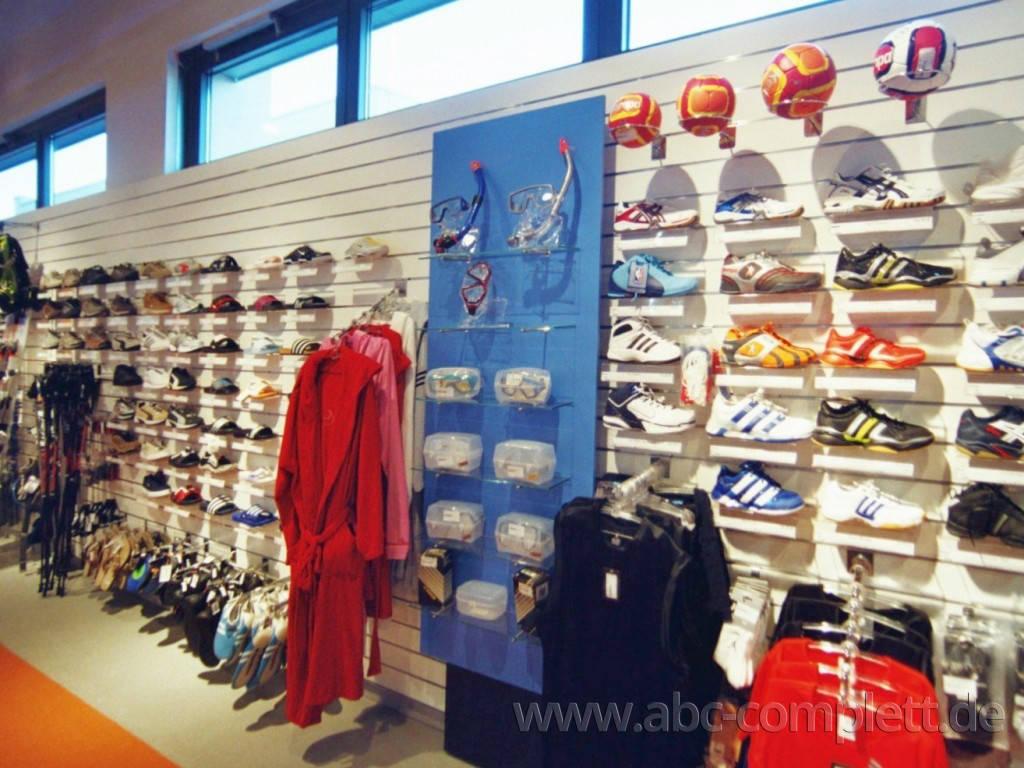 Ansicht des Geschäfts: Down Town Sports, Bahnhof Center, Bernau, Foto 5