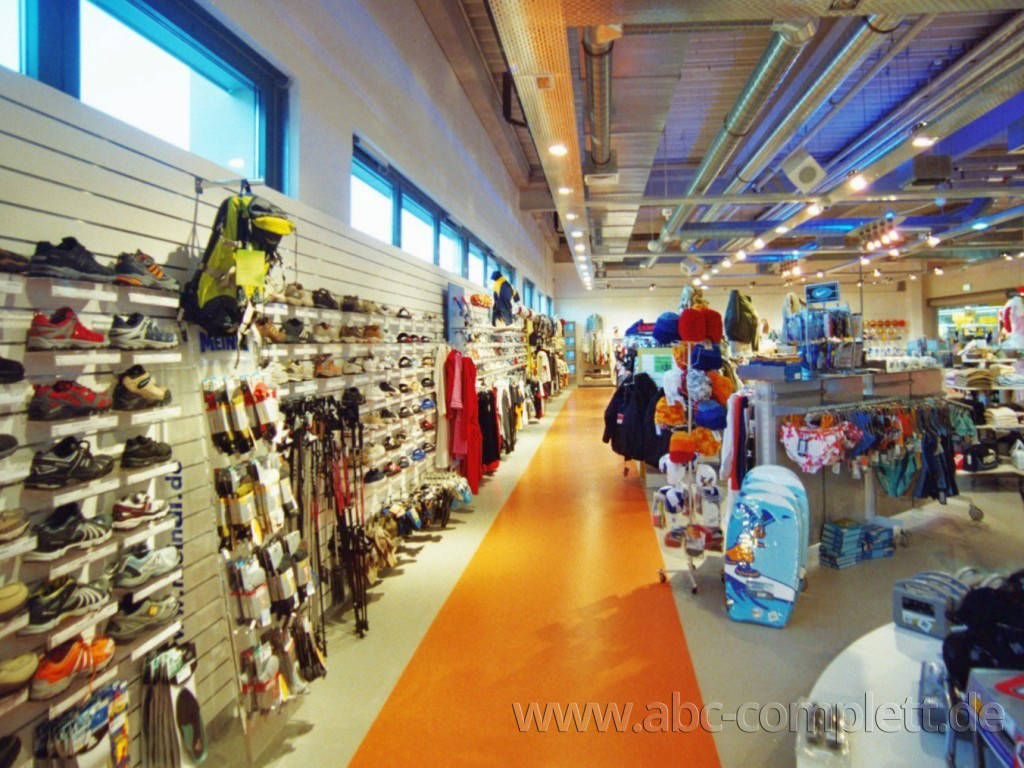 Ansicht des Geschäfts: Down Town Sports, Bahnhof Center, Bernau, Foto 6