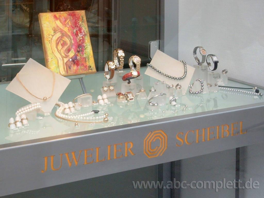 Ansicht des Geschäfts: Juwelier Scheibel, Schaufensterauslagen, Berlin / Charlottenburg, Foto 5