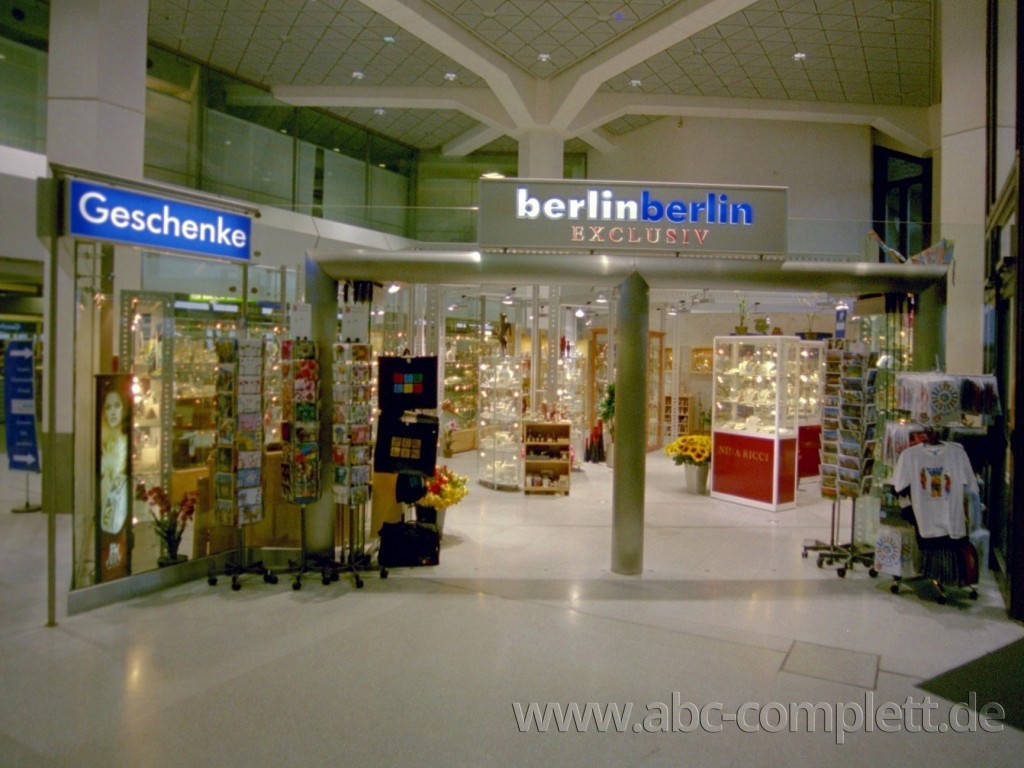 Ansicht des Geschäfts: berlin berlin Exclusiv, Haupthalle FlughafenTegel, Berlin / Tegel, Foto 1