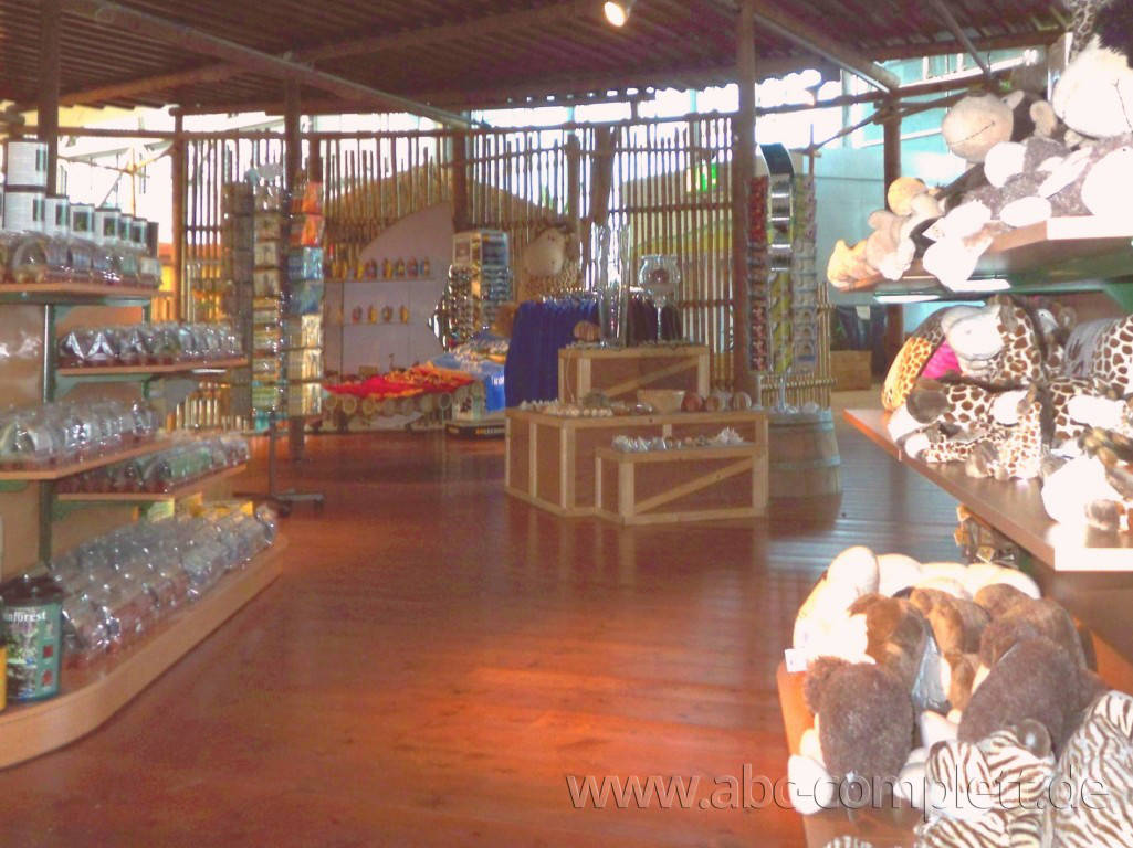Ansicht des Geschäfts: div. Merchandising Shops, Tropical Islands, Krausnick (Brandenburg), Foto 7