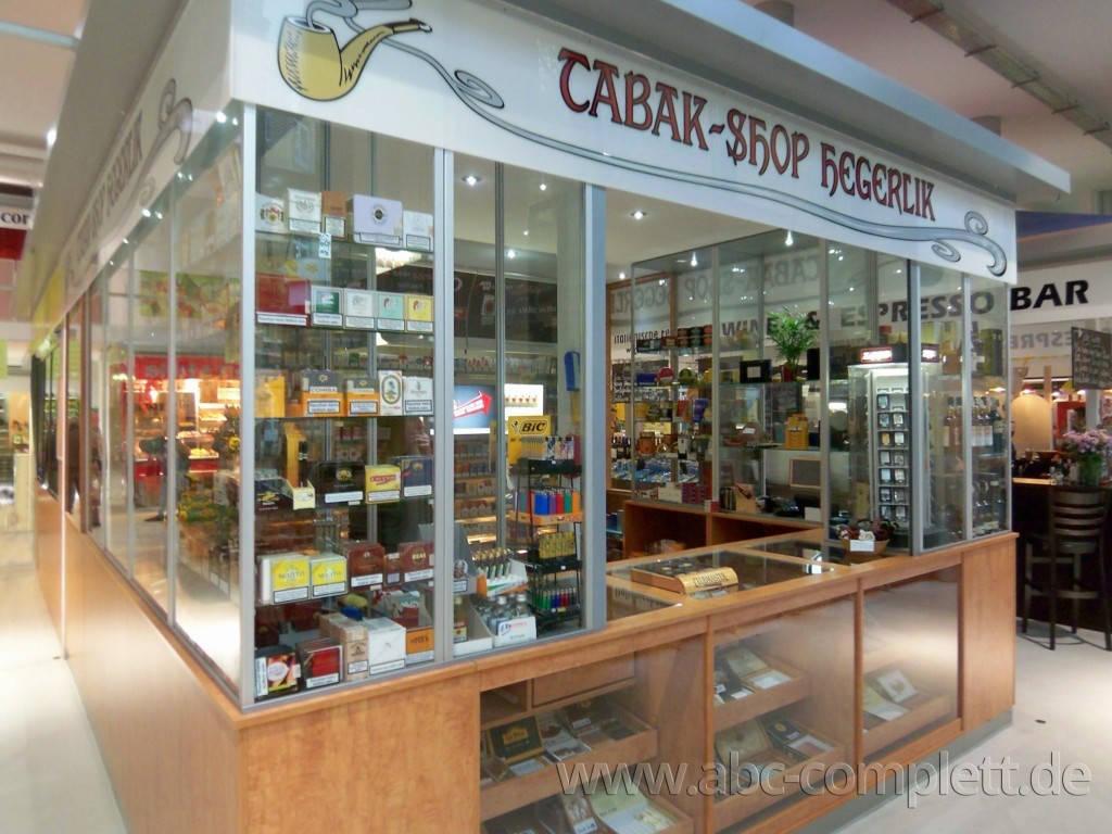 Ansicht des Geschäfts: Tabak-Shop Hegerlik, Markthalle am Marheinekeplatz, Berlin / Kreuzberg, Foto 1