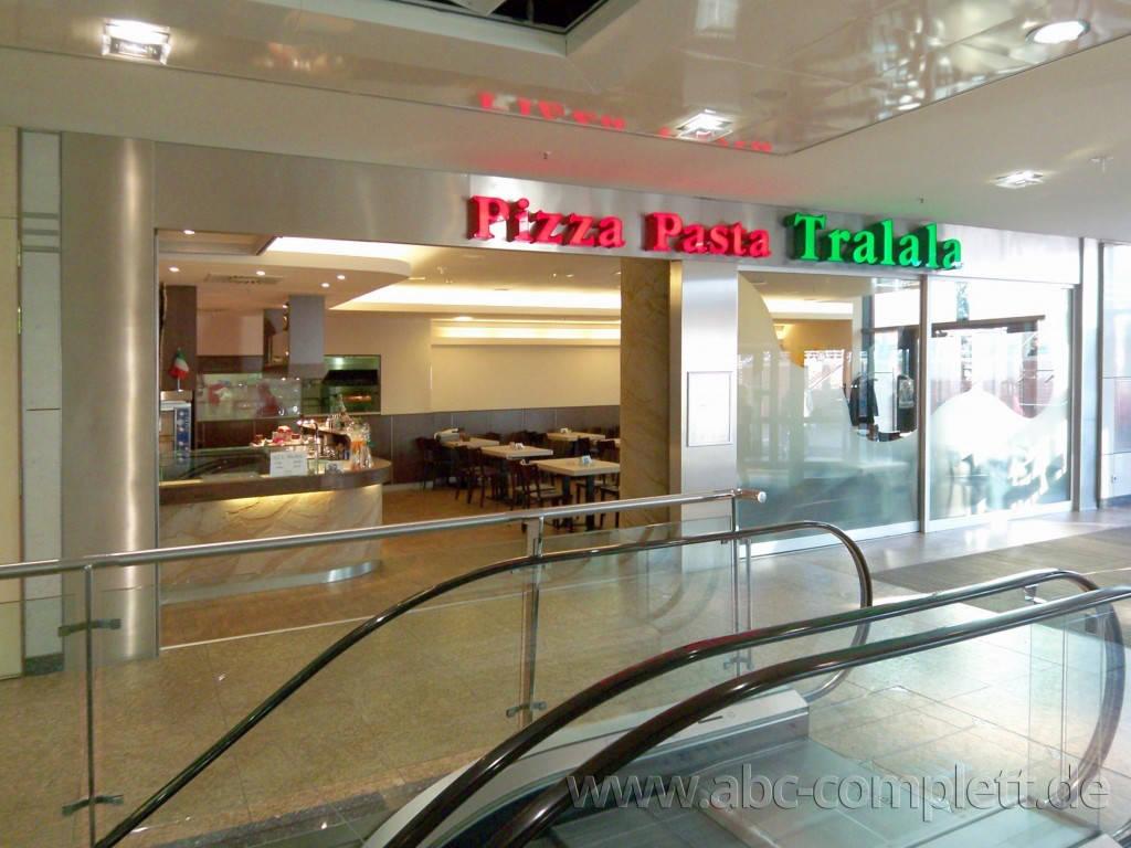 Ansicht des Geschäfts: Pizza Pasta Tralala, Gesundbrunnen Center, Berlin / Wedding, Foto 1
