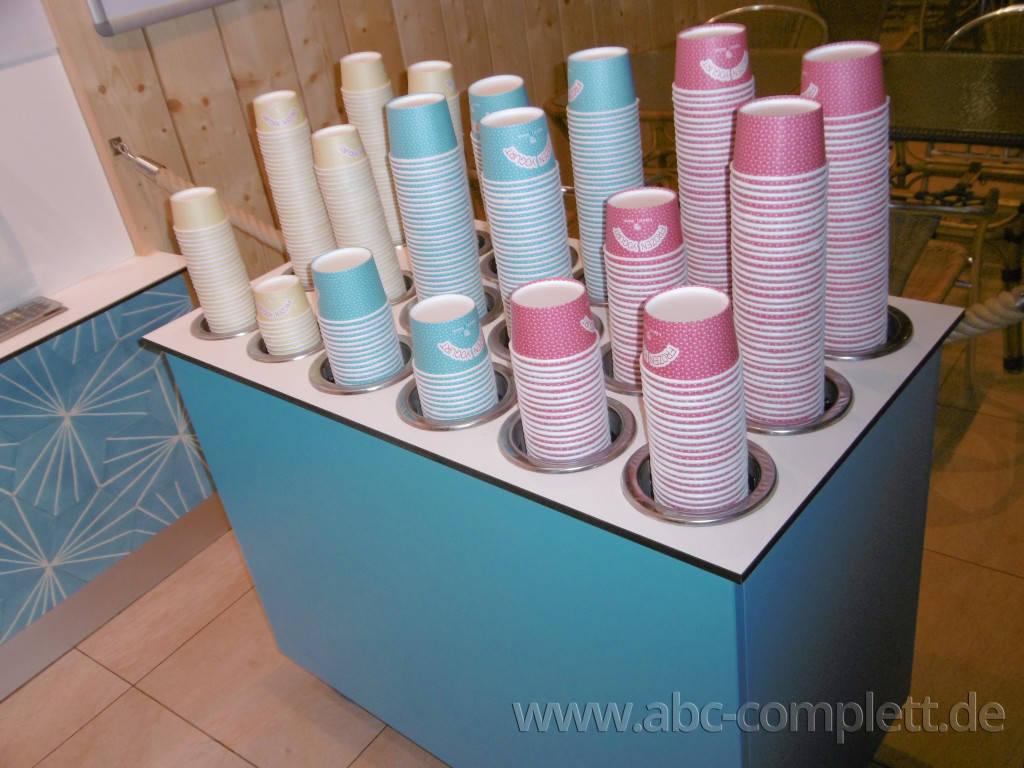 Ansicht des Geschäfts: Borneo Eiscafe im Tropical Islands, Frozen Yogurt in Selbstbedienung, Krausnick (Brandenburg), Foto 4