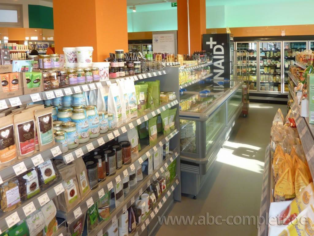 Ansicht des Geschäfts: Veganz wir lieben leben, veganer Supermarkt, Berlin / Friedrichshain, Foto 4