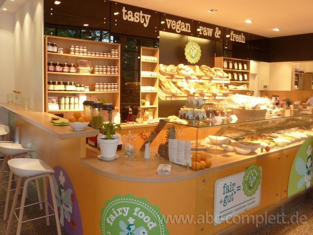 Ansicht des Geschäfts: Veganz wir lieben leben, veganer Supermarkt, Hamburg / Altona, Foto 8