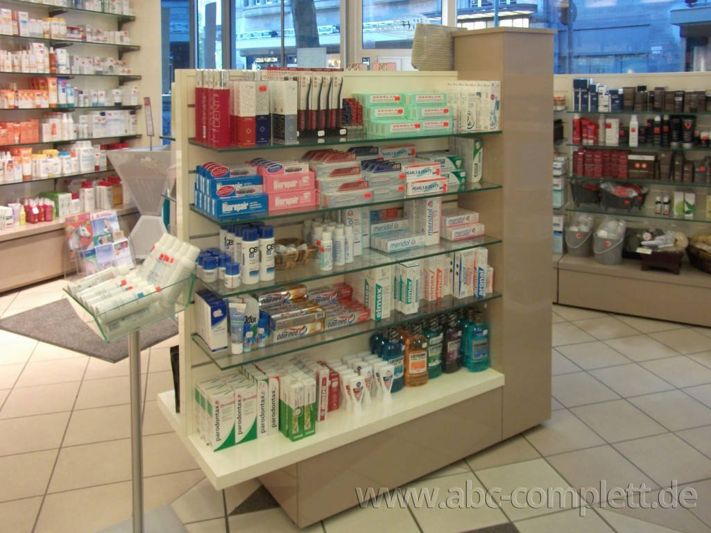 Ansicht des Geschäfts: Apotheke im KaDeWe, Offizinumbau 2013, Berlin / Charlottenburg, Foto 7