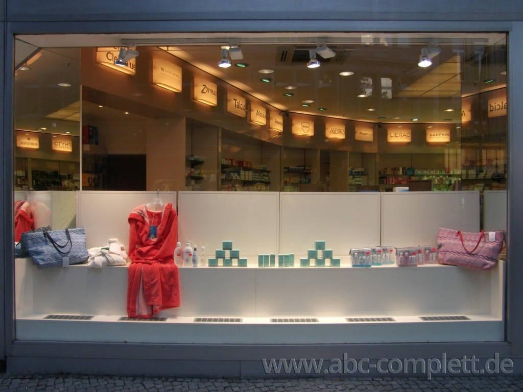 Ansicht des Geschäfts: Apotheke im KaDeWe, Offizinumbau 2013, Berlin / Charlottenburg, Foto 3