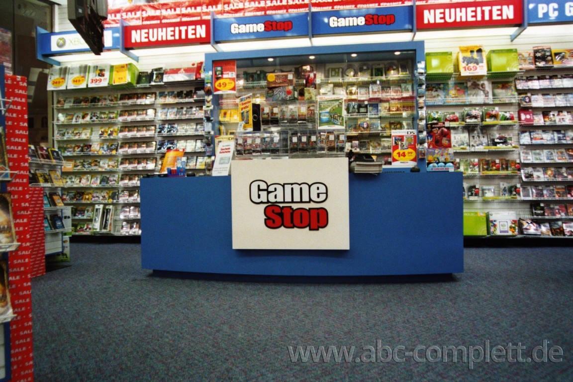 Ansicht des Geschäfts: GameStop / EB Games, Design by Retail Partner, deutschlandweit 40 Filialen lt Referenzliste, Foto 2