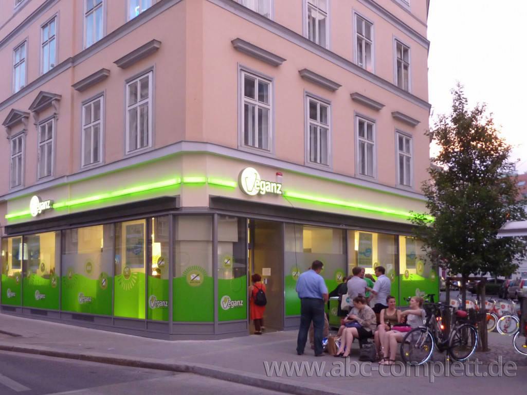 Ansicht des Geschäfts: Veganz wir lieben leben, veganer Supermarkt, Wien, nahe Naschmarkt, Foto 14