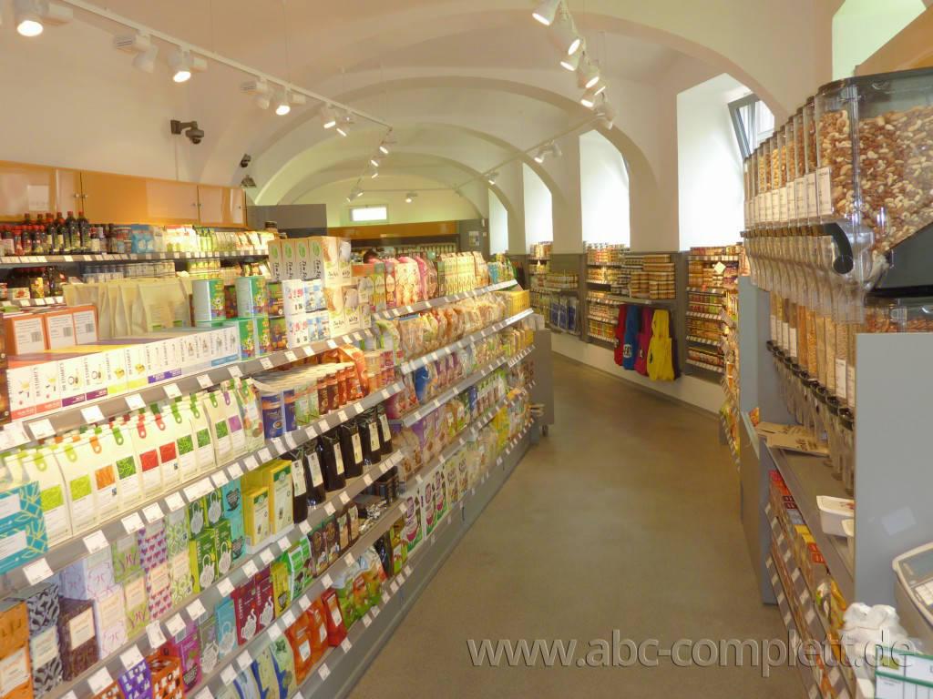 Ansicht des Geschäfts: Veganz wir lieben leben, veganer Supermarkt, Wien, nahe Naschmarkt, Foto 2