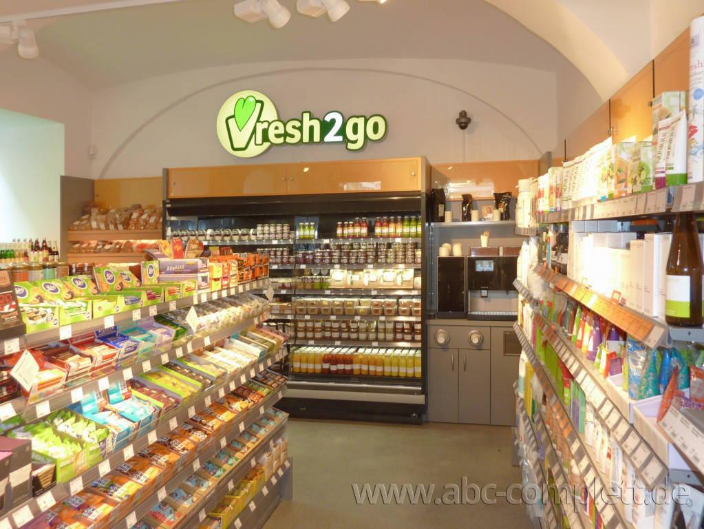 Ansicht des Geschäfts: Veganz wir lieben leben, veganer Supermarkt, Wien, nahe Naschmarkt, Foto 5
