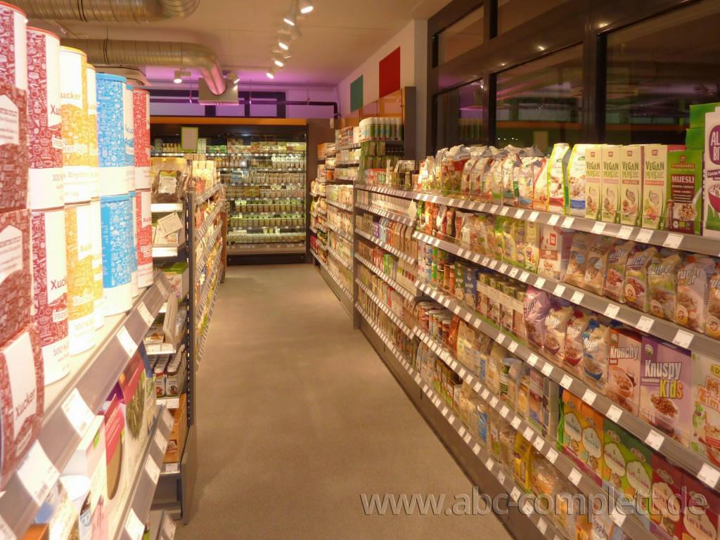 Ansicht des Geschäfts: Veganz wir lieben leben, veganer Supermarkt, Essen / Grüne Mitte, Foto 9