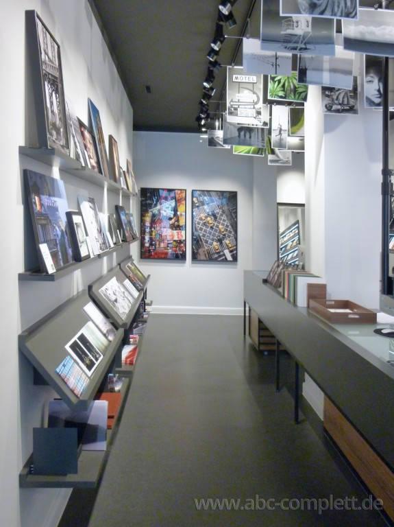 Ansicht des Geschäfts: White Wall, Design by Dan Pearlman Markenarchitektur, Berlin / Mitte, Foto 6