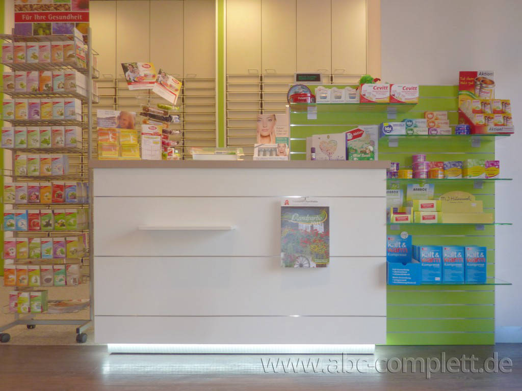 Ansicht des Geschäfts: Leonoren Apotheke, Offizinumbau, Berlin / Lankwitz, Foto 3