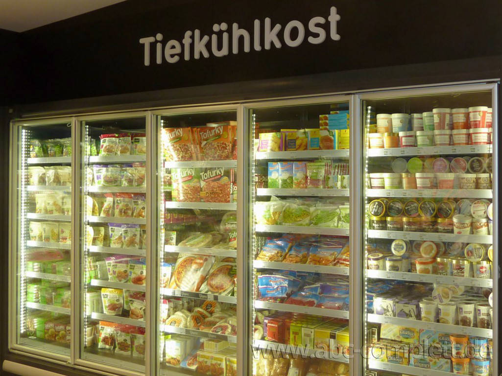 Ansicht des Geschäfts: Veganz wir lieben leben, veganer Supermarkt, Berlin / Marheineke Markthalle, Foto 4
