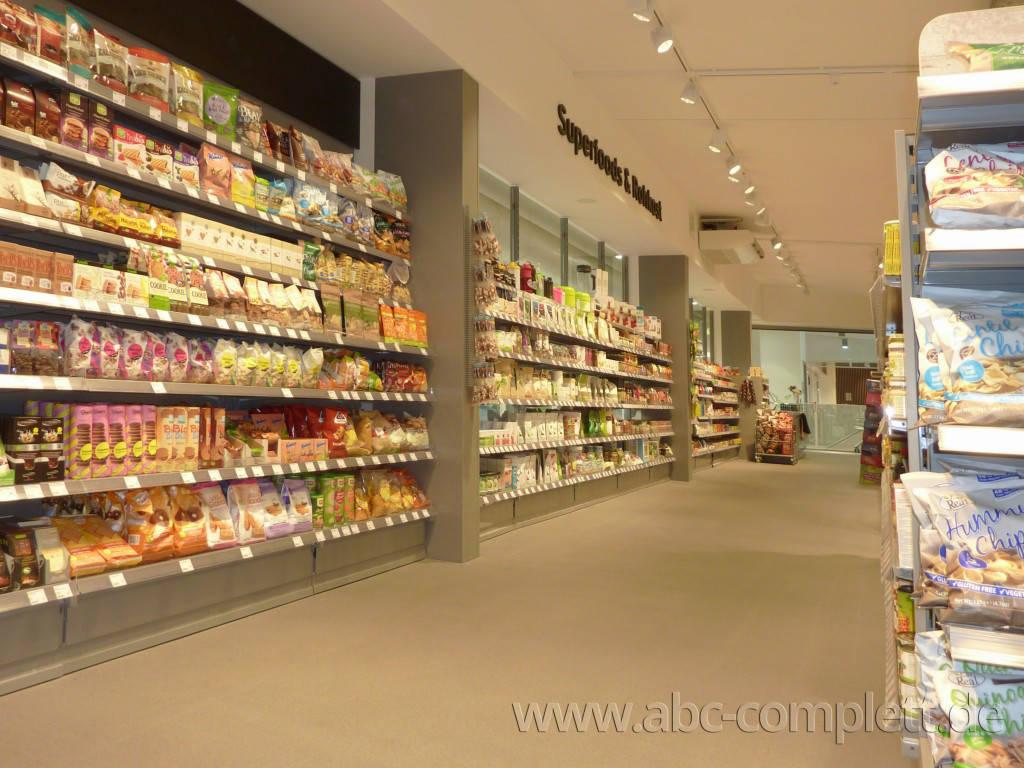 Ansicht des Geschäfts: Veganz wir lieben leben, veganer Supermarkt, Berlin / Marheineke Markthalle, Foto 5