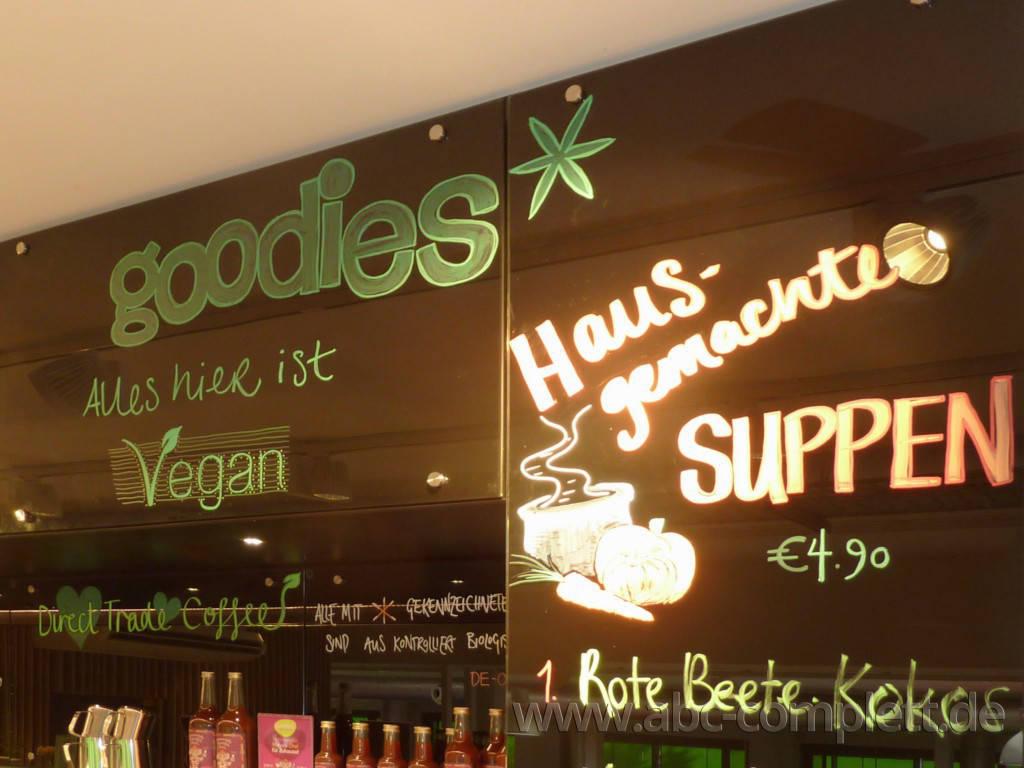 Ansicht des Geschäfts: Goodies* im Veganz, * Coffee & healthy food, Berlin / Marheineke Markthalle, Foto 5