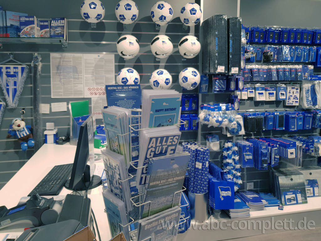 Ansicht des Geschäfts: Hertha BSC Fanshop, Gropiuspassagen 2017, Berlin / Neukölln, Foto 6