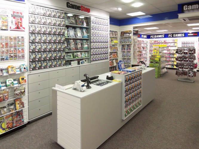 Ansicht des Geschäfts: GameStop / EB Games, Design by Retail Partner, deutschlandweit 40 Filialen lt Referenzliste