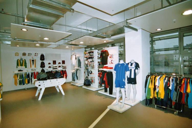 Ansicht des Geschäfts: Nike Showroom, Design by Nike, Berlin / Friedrichshain
