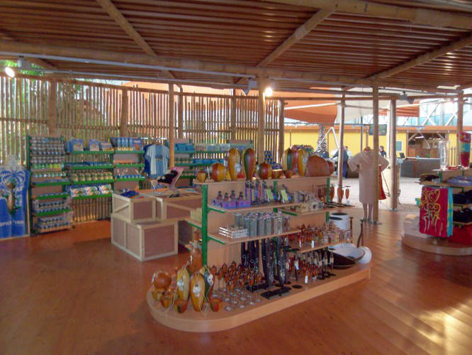 Ansicht des Geschäfts: div. Merchandising Shops, Tropical Islands, Krausnick (Brandenburg)