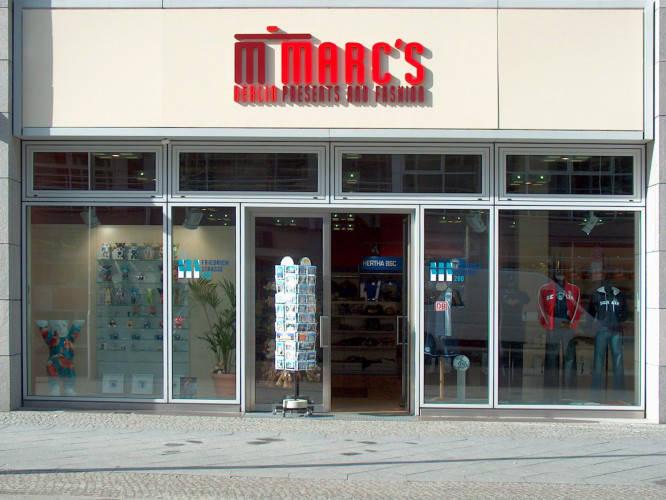 Ansicht des Geschäfts: Marc's Presents & Fashion, Friedrichstrasse, Berlin / Mitte