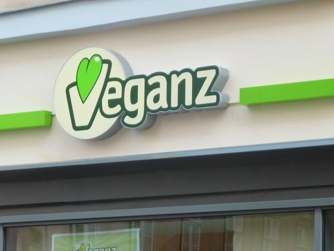 Ansicht des Geschäfts: Veganz wir lieben leben, veganer Supermarkt, Wien, nahe Naschmarkt