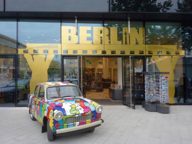 Ansicht des Geschäfts: Berlin Souvenirs, Alea 101, Berlin / Mitte