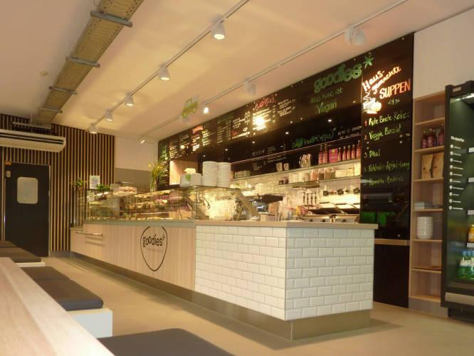 Ansicht des Geschäfts: Goodies* im Veganz, * Coffee & healthy food, Berlin / Marheineke Markthalle