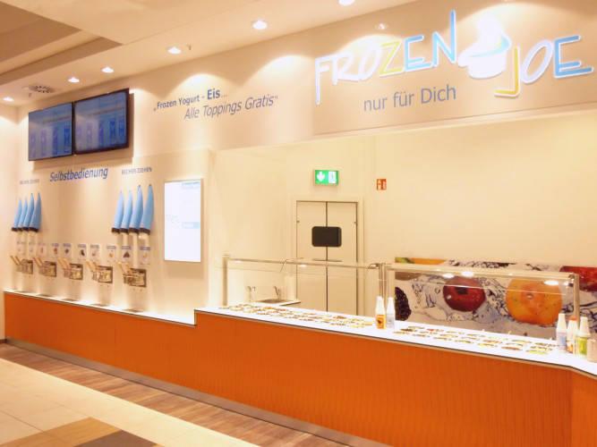 Ansicht des Geschäfts: Frozen Joe, Frozen Yogurt in Selbstbedienung, Wildau / A 10 Center