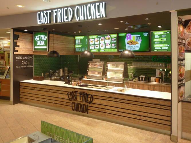 Ansicht des Geschäfts: East Fried Chicken, Eastgate - Design by conceptsmedia.de, Berlin / Hohenschönhausen